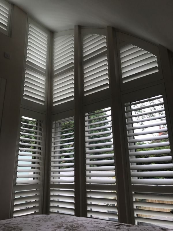 upstairs-white-slat-blinds